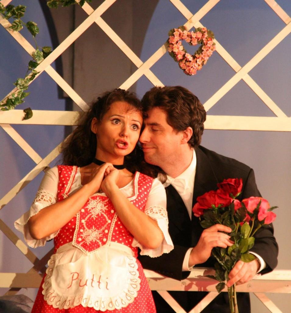 Alenka unnd Frank präsentieren Operetten zum Kaffee