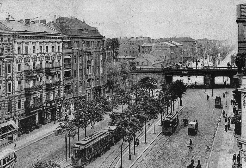 An der Ringbahnbruecke Frankfurter Allee Foto: Archiv Ralf Schmiedecke