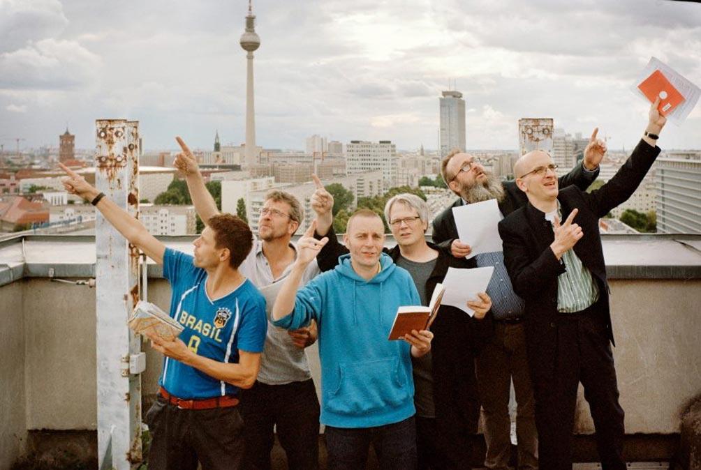 Die Reformbühne sucht den Fernsehturm. Foto: Reformbühne Heim & Welt