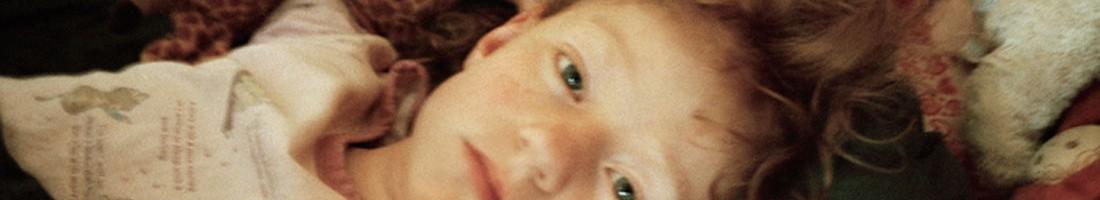 One child, Foto: Dvorah Kern, Fotogalerie Friedrichshain