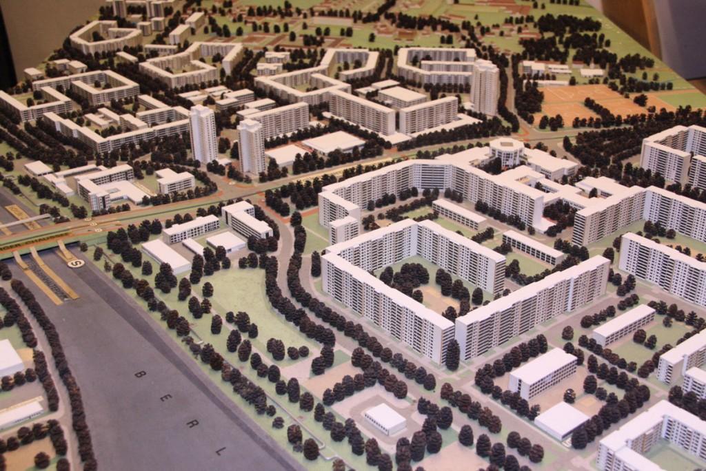 Modell HSH 1986_Falkenberger Chaussee: Von wegen Beton. Eine Stadt aus Holz! Zumindest das Modell. / Foto: Bezirksmuseum Lichtenberg /
