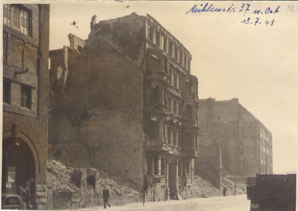 Die Muehlenstrasse in Berlin1948 | FriedrichshainerZeitzeiger