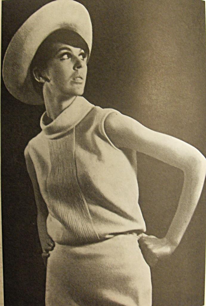 """Modefoto aus """"Die Mode"""" - Fachzeitschrift vom Modeinstitut der DDR"""