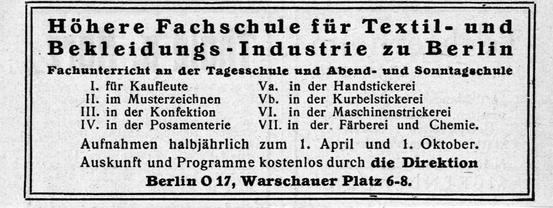 Zeitungs-Annonce für die Textilfachschule, um 1920 / Privatarchiv /