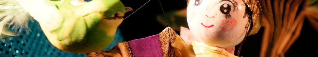 Momotaro der Pfirsichjunge | japanisches Marionettenspiel