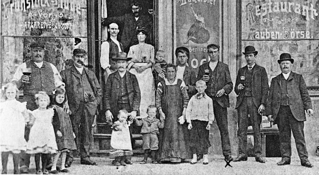 Kneipe, 1907, Foto: Archiv FHXB-Museum