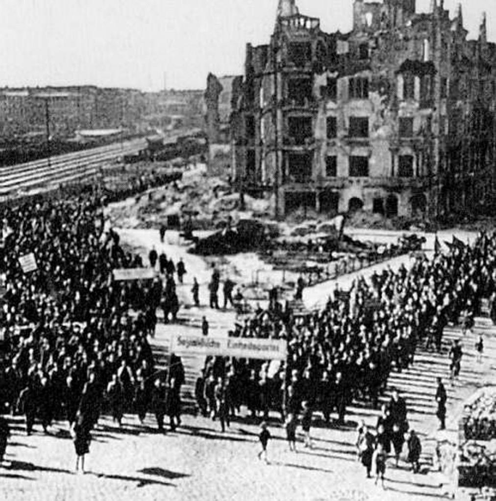 Der Helsingforser Platz in einem Propagandafilm von Kurt Maezig, 1946, Quelle: FHXB-Museum
