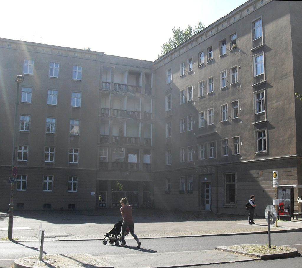 Die Gubener Straße in Berlin, Foto: Detlef Krenz
