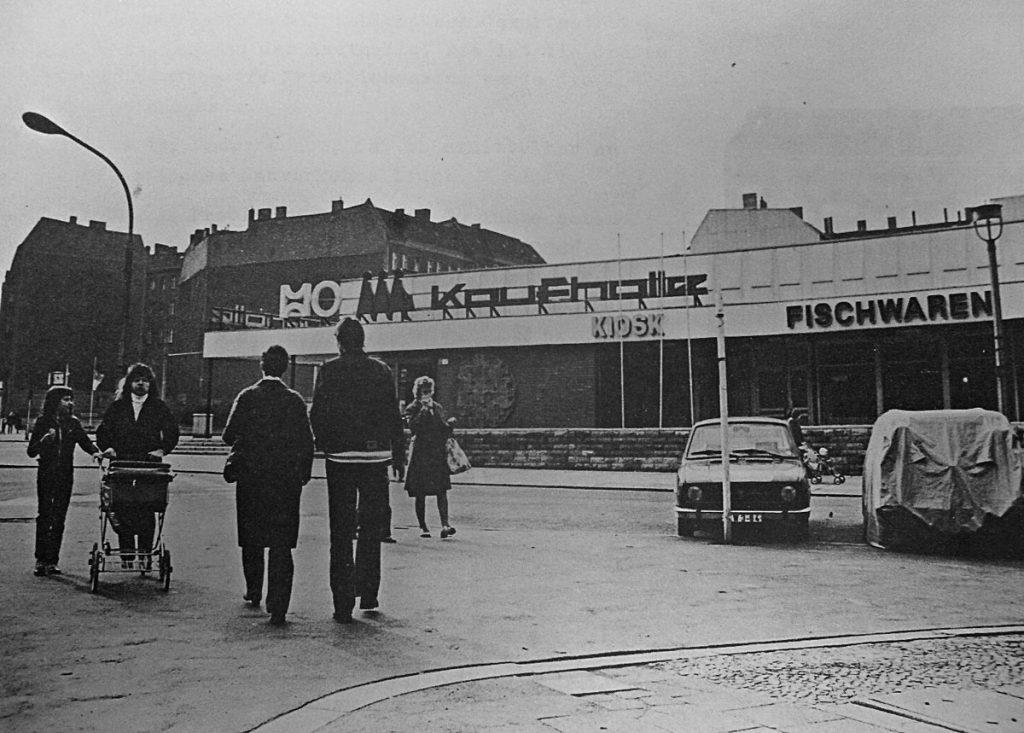 Kaufhalle Warschauerstraße, 1982