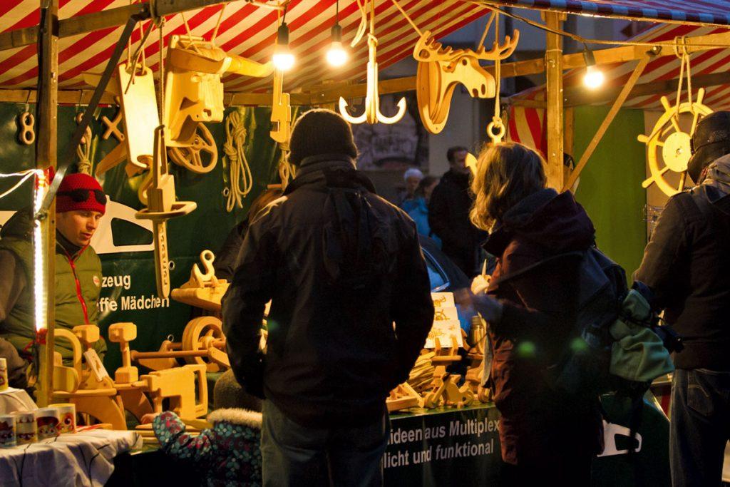 KiezWeihnacht, der Friedrichshainer Weihnachtsmarkt an der Samariterkirche