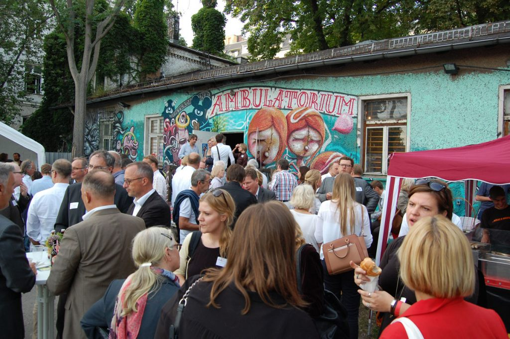 Netzwerken und Austausch waren auch 2016 wichtig für die Wirtschaft; Friedrichshain-Kreuzberger Unternehmerverein, Foto: Martin Knauft