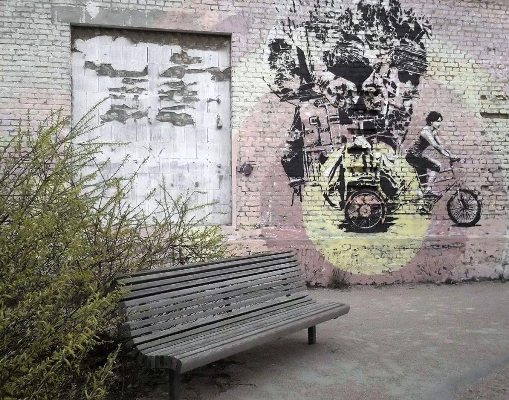 Grafittiwand am alten Bahnhofsschuppen, Foto: Detlef Krenz