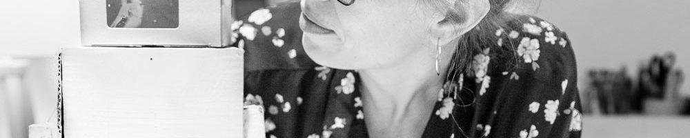 Angelika Mende, Inhaberin der Werkstatt für Unbeschaffbares, Foto: Giovanni Lo Curto