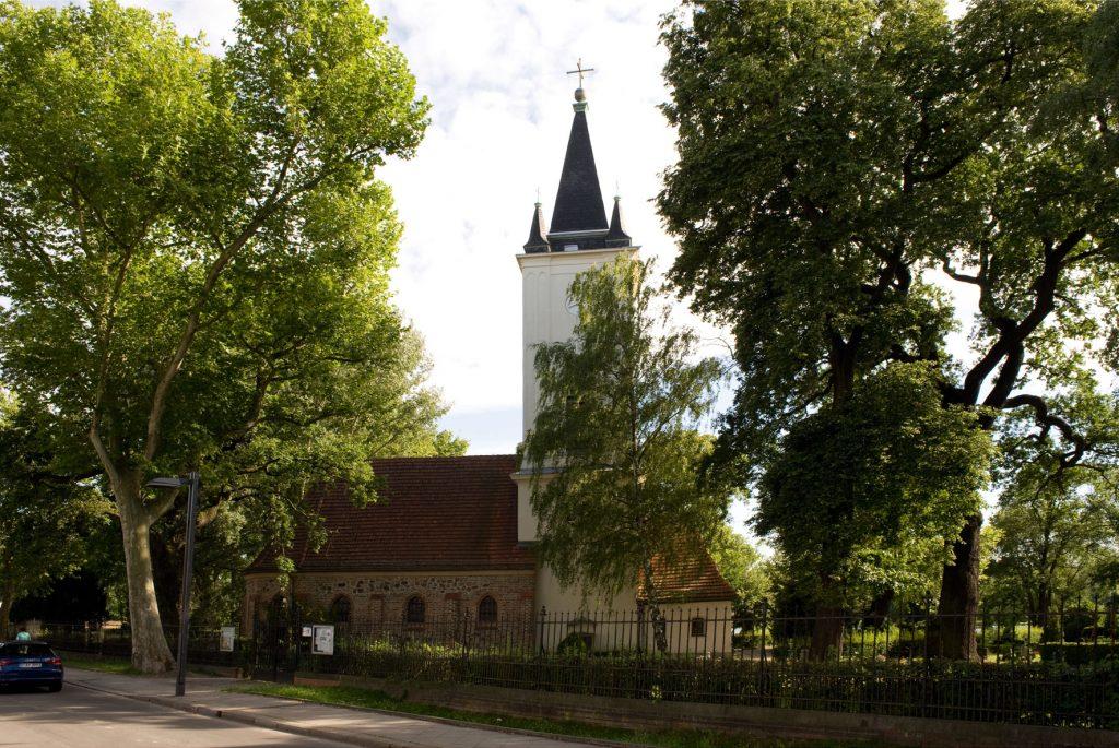 Dorfkirche Stralau / Foto: Silvio Weiß