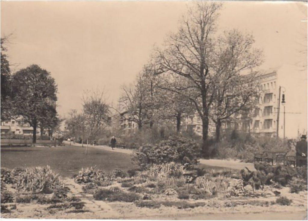 Postkarte vom Petersburger Platz in den 1950ern | Postkarte