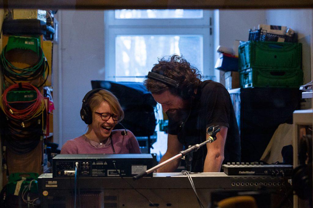 Kati Nicke und Tim Schleinitz vom Freien Radio StudioAnsage | Foto: Giovanni Lo Curto