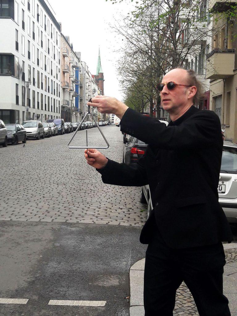 Komposition für eine Straße: ein Klangspiel-Musikexperiment für die Rigaer Straße. Foto: albinus burokas (privat)