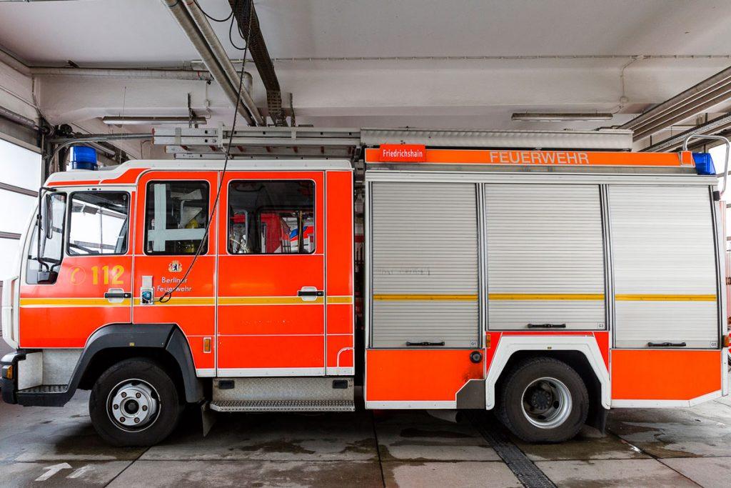 Feuerwehrwagen bei der Friedrichshainer Feuerwache | Foto: Giovanni Lo Curto