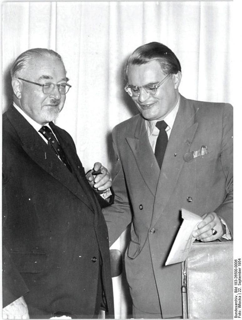 Otto Nuschke auf dem CDU-Partteitag | Quelle: Bundesarchiv Bild 183-26500-0006 Foto: Wocka