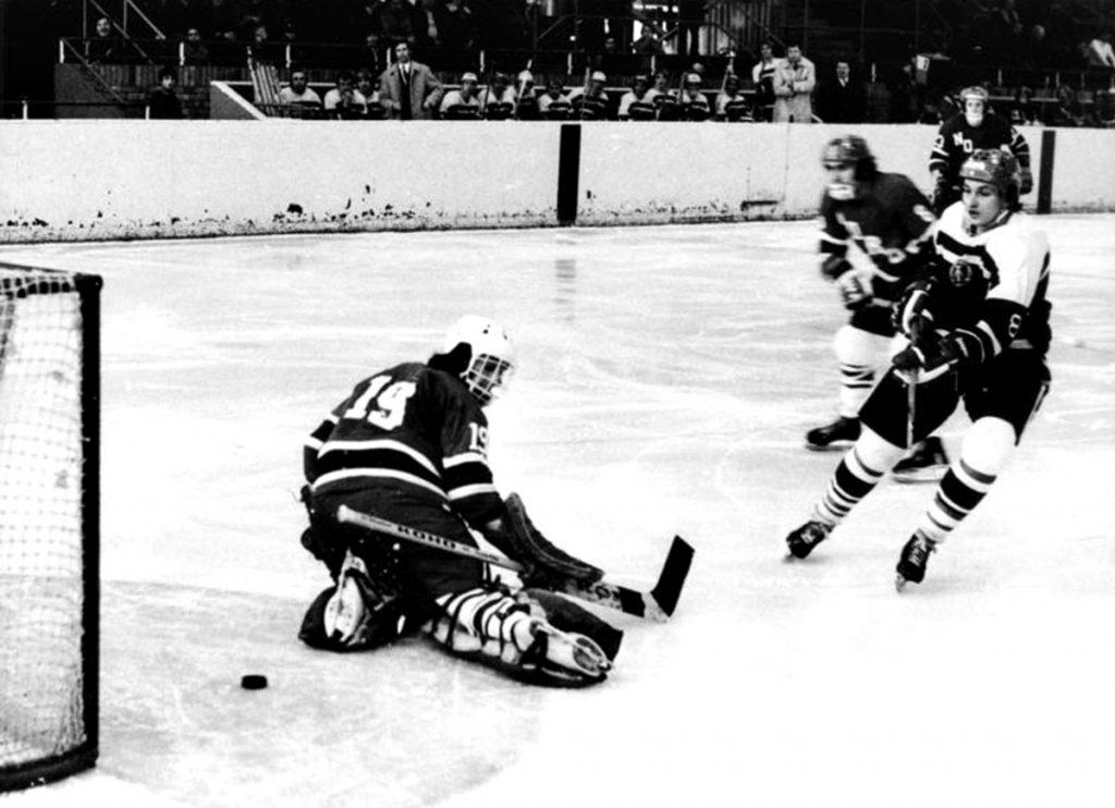 Eishockey   Quelle: Bundesarchiv Bild 183-N0317-008