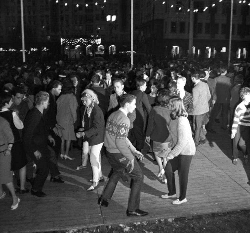 Tanz unter freiem Himmel: Das Deutschlandtreffen | Quelle: Bundesarchiv_Bild_183_CO517-0010-005