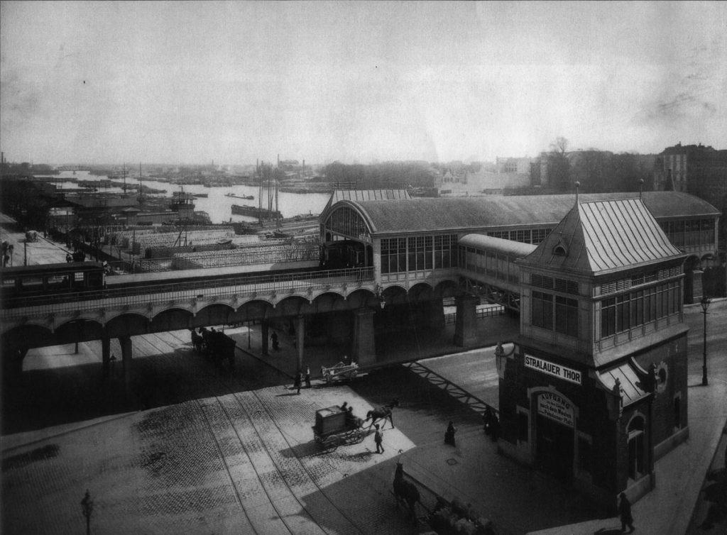 U-Bahnhof Stralauer Tor | Quelle: FHXB-Museum