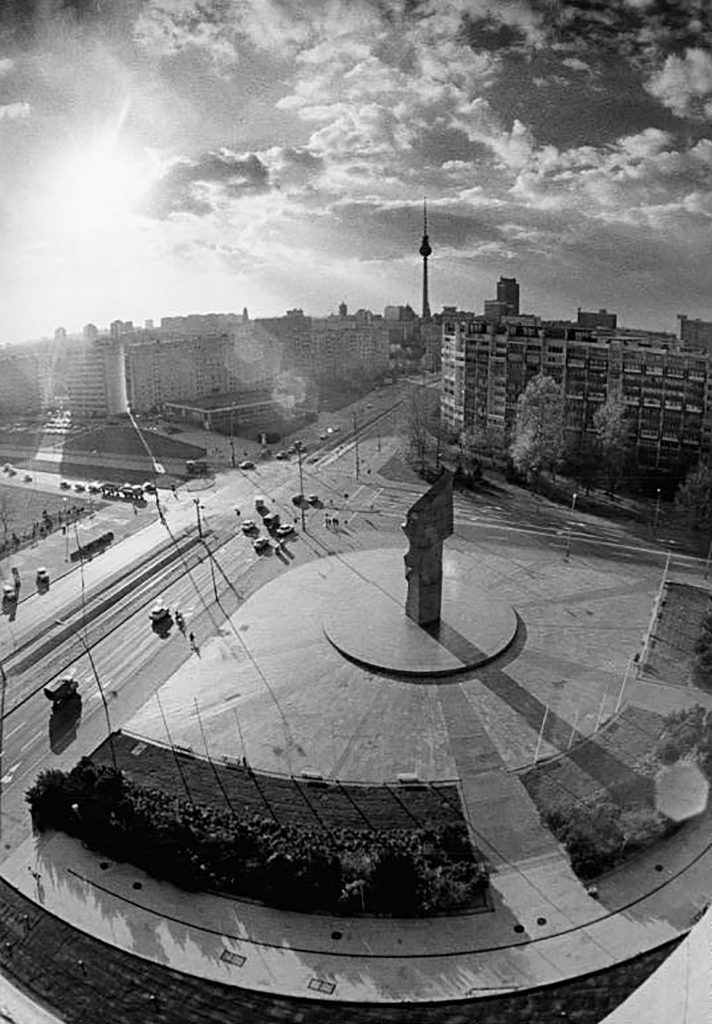 Leninplatz in Berlin | Foto: Robert Roeske, Bundesrachiv Bild 183-1988-1104-024, Wiki Commons