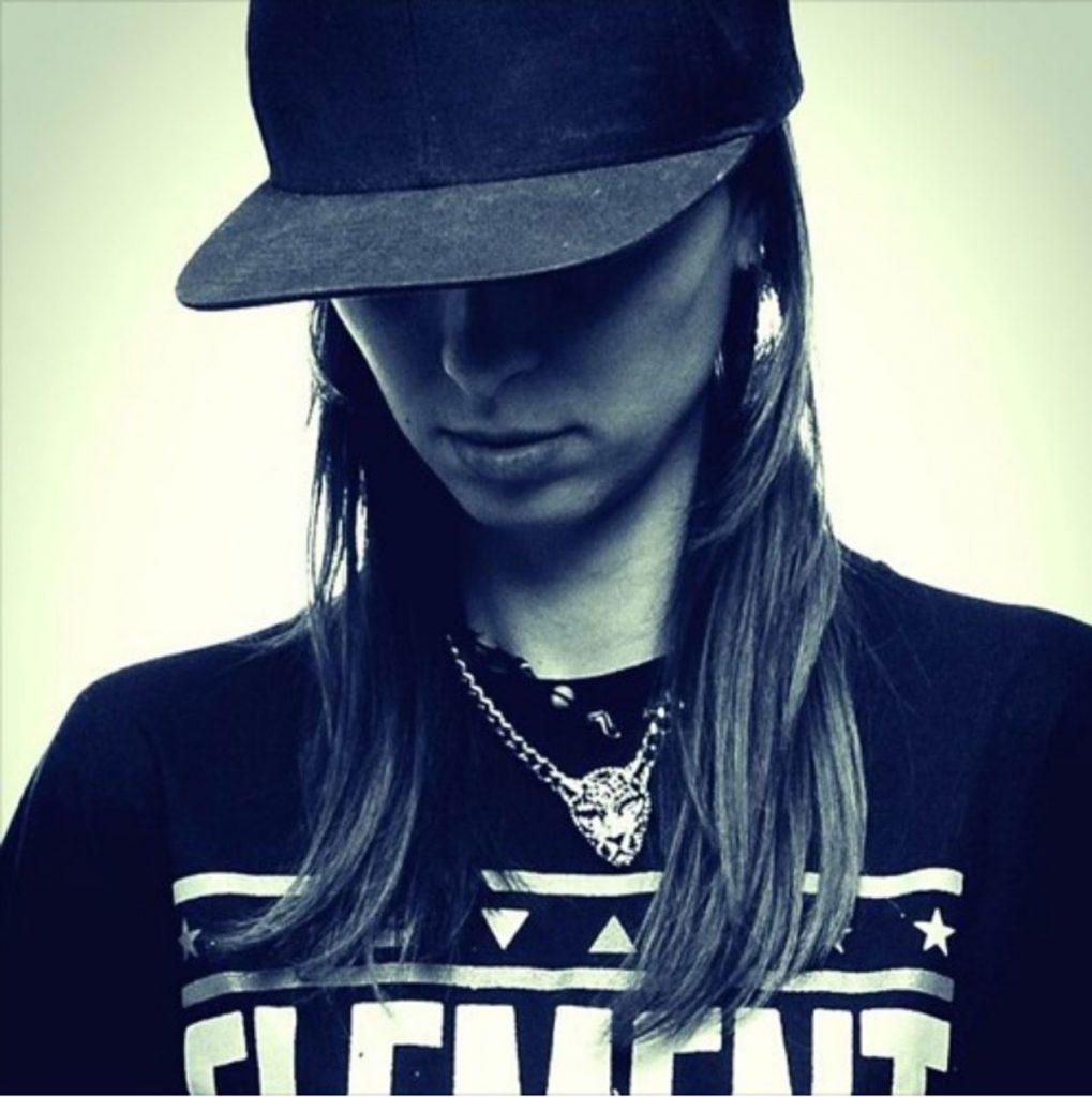 KAYE verbindet basslastige Future- und Trap-Beats mit aufregend versiertem Rap | Foto: Kaye