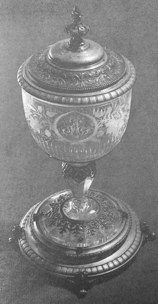 Pokal aus einer hugenottischen Familie | Quelle: Der Hugenotte. Zeitschrift 1922