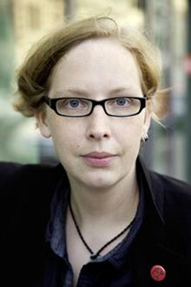 """Manja Präkels (Porträt) Autorin des Romans """"Als ich mit Hitler Schnapskirschen aß""""."""
