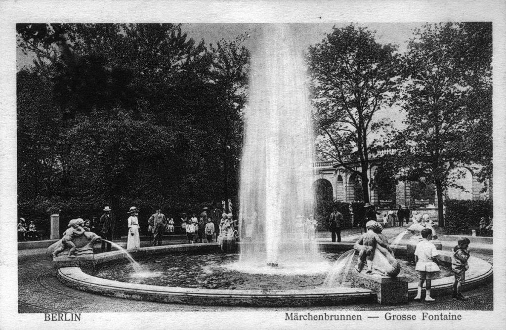 Enststehung Friedrichshains vor 99 Jahren | Friedrichshainer Märchenbrunnen | Quelle: Postkarte