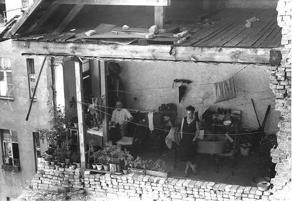 Boxhagener Straße 28 im August 1948 | Foto: Blunk, Bundesarchiv, Bild 183-H 28368. Wiki Commons