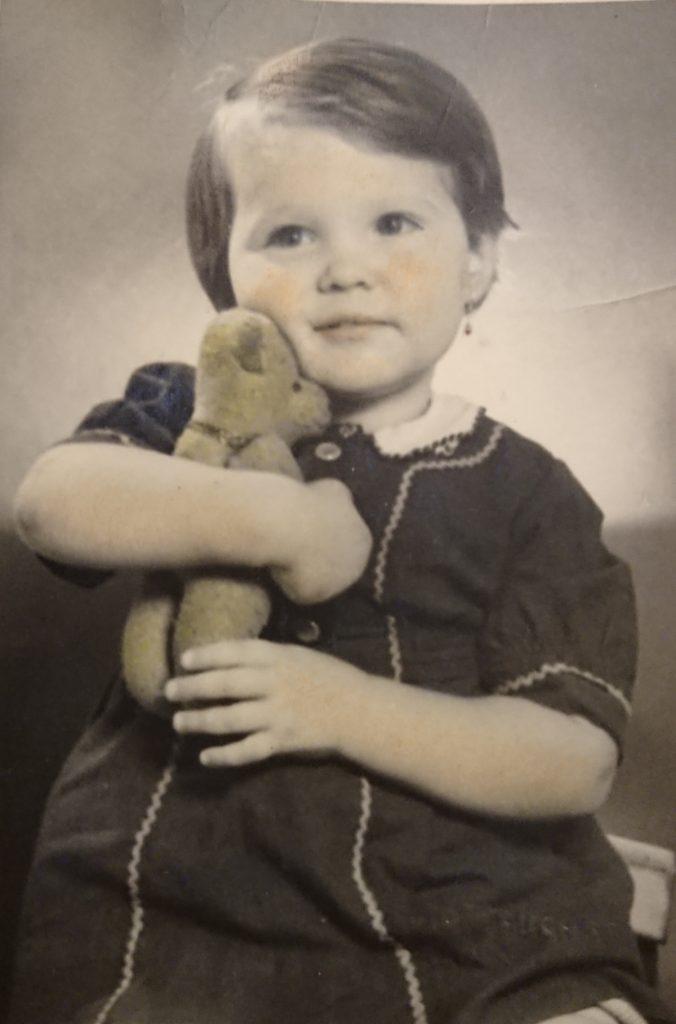 Die kleine Jutta Langer Foto: Privat