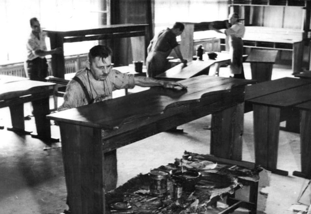 Berliner Möbelwerke | Quelle: Bundesarchiv Bild 183-28466-011