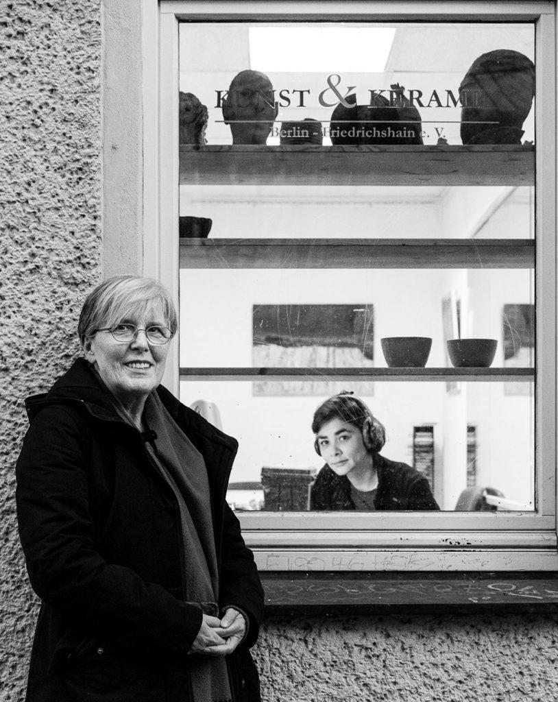 Menschen: Frau Stender und Frau Becker vom Verein Kunst und Keramik Berlin Friedrichshain e.V. Müggelstraße 17, 10247 Berlin | Foto: | Foto: Giovanni Lo Curto