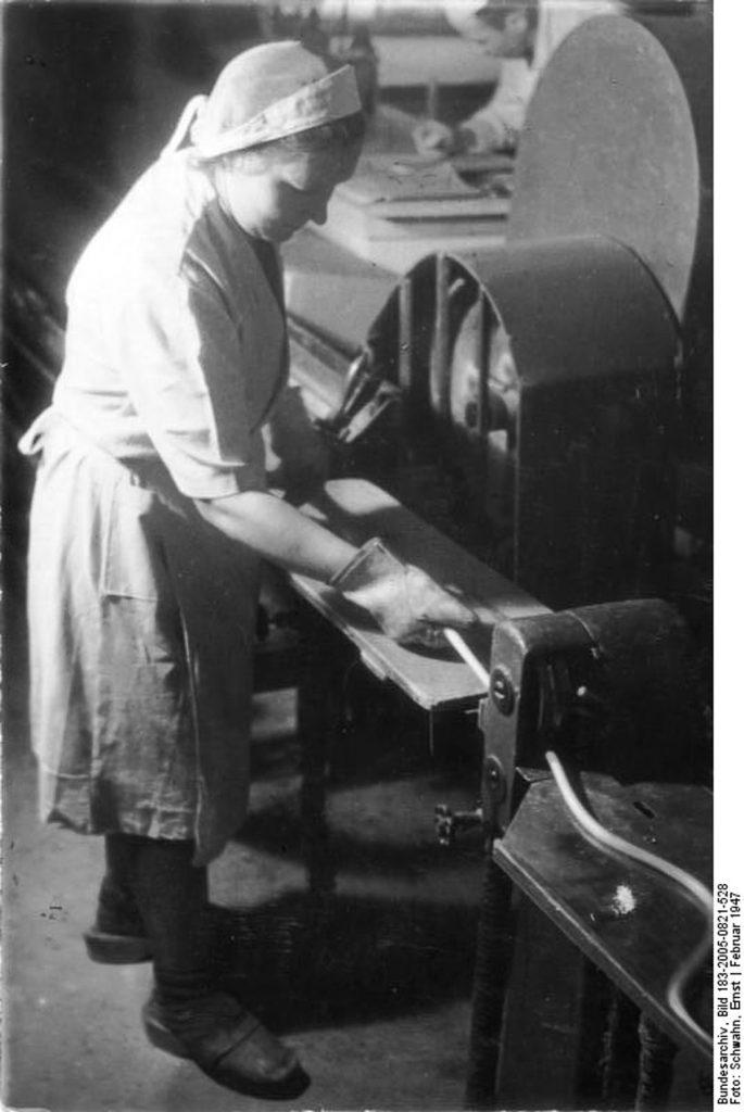Bonbonherstellung in der Friedrichshainer Andreasstraße