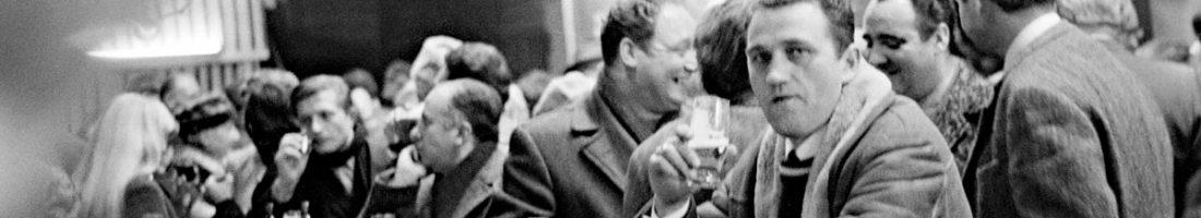 Die Redaktion erzählt Geschichten   Detlef Krenz, Fotozirkel des RAW im Oktober 1970: Brigadefeier