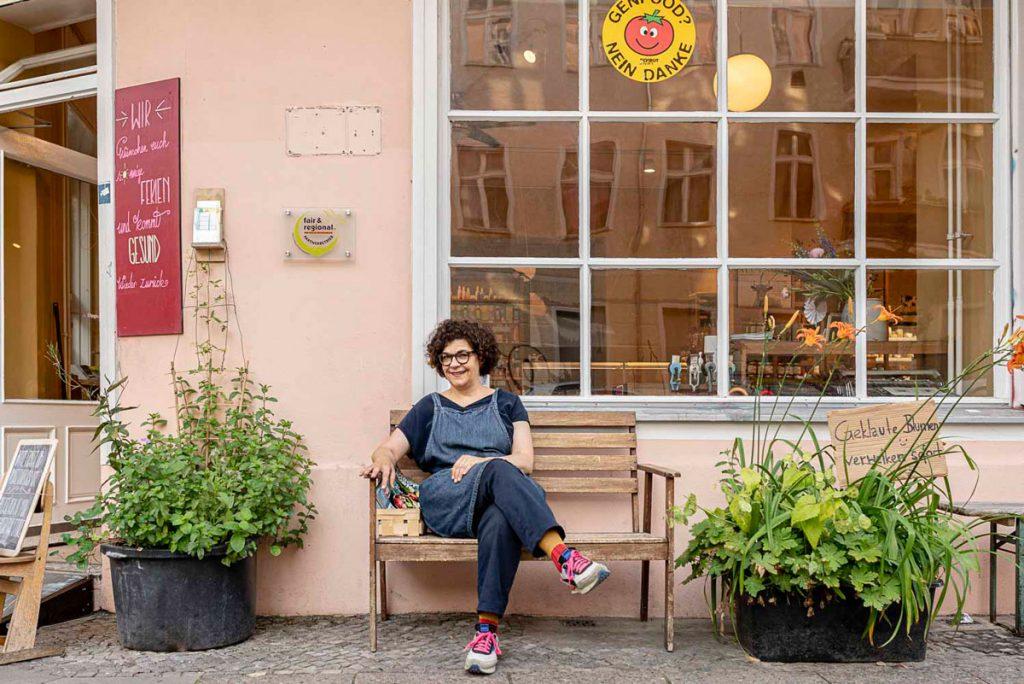 Astrid Schierloh Der Bioladen LPG Naturkost in der Krossener Straße | Foto: Giovanni Lo Curto
